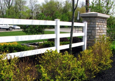 01-Commercial vinyl split rail fence Columbus
