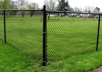 01-Residential chainlink fence in Groveport