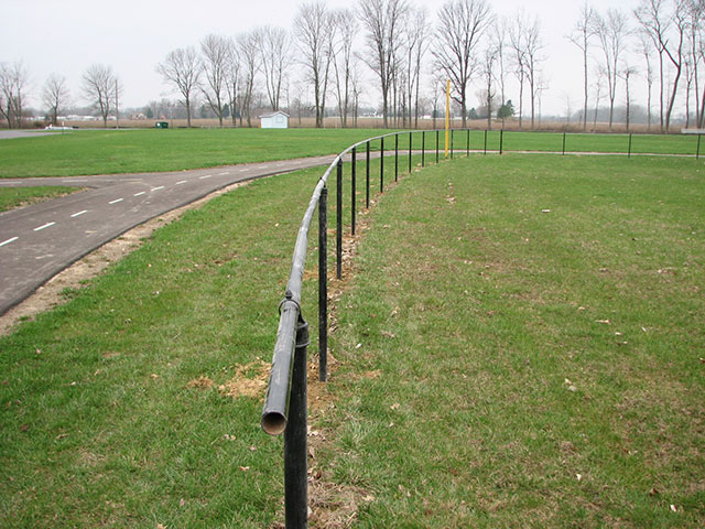 01-Commercial aluminum fence in Pickerington