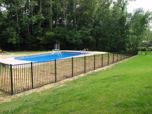 Residential aluminum fence by Pickens Fence