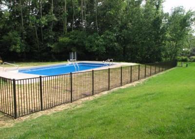 03-Aluminum fence in Pickerington