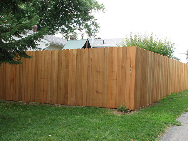 03-6 ft privacy fence in Canal Winchester