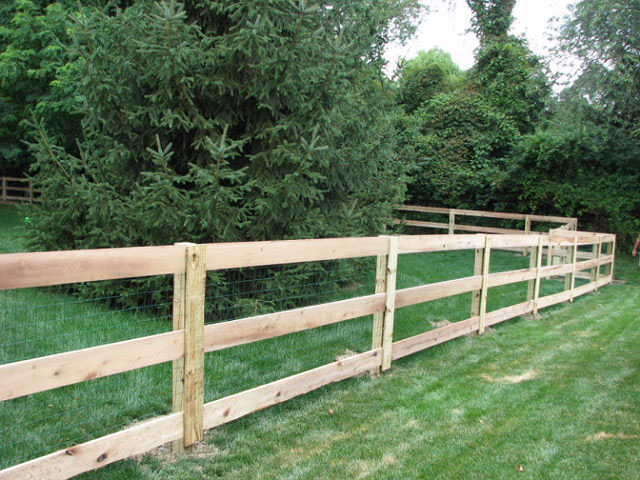 04-Split rail fence in Groveport