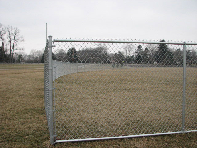 05-Commercial chainlink fence in Canal Winchester